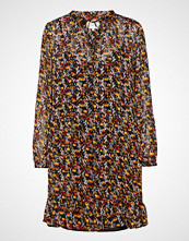 Second Female Leon Dress