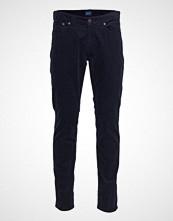 Gant O1. Slim Cord Jeans