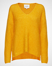 Second Female Aloa Knit V-Neck