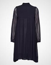 Rabens Saloner Smocking Dress