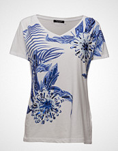 Marciano by GUESS S Vn Blue Daisy Tee T-shirts & Tops Short-sleeved Blå MARCIANO BY GUESS