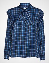 nué notes Dimitri Shirt