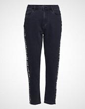 Only Onlkelly Hw Mom Tape Dnm Jeans Bj12679