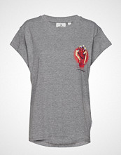 Cheap Monday Screen Top Heart Logo