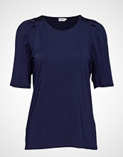 Filippa K Pleat Top