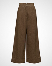 Cathrine Hammel Artist Wife Pants