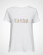 Soft Rebels Karen T-Shirt