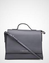 Calvin Klein Frame Top Handle Sat