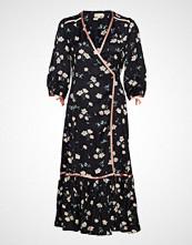 by Ti Mo Contrast Wrap Dress