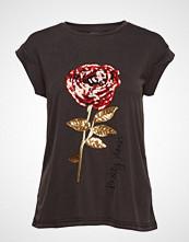 Soft Rebels Rose T-Shirt