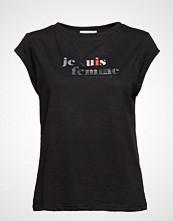 Coster Copenhagen T-Shirt W. Je Suis Femme Print