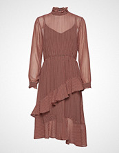 Second Female Leen Dress