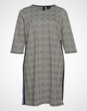 Zizzi Xbat, Dress