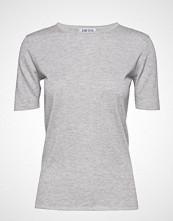 Davida Cashmere T-Shirt