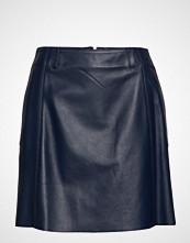 Hilfiger Collection Leather Cheerleader,