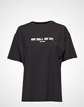 Raiine Hobson T-Shirt