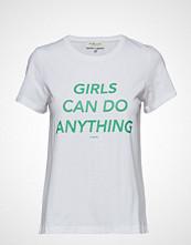 By Malina Girls T-Shirt
