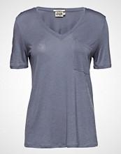 Twist & Tango Iris Pocket Tee T-shirts & Tops Short-sleeved Blå TWIST & TANGO