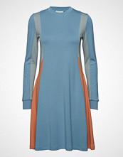 Wood Wood Mandy Dress Knelang Kjole Blå WOOD WOOD