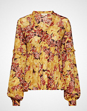 by Ti Mo Semi Couture Blouse