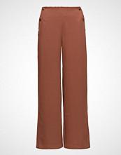 Saint Tropez Wide Leg Buttoned Pants