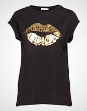 Coster Copenhagen T-Shirt W. Lips