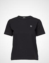 Hope First Tee T-shirts & Tops Short-sleeved Svart HOPE