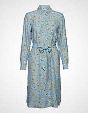 POSTYR Poslaurette Dress Knelang Kjole Blå POSTYR