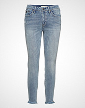 Odd Molly Stretch It Cropped Jean