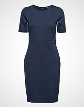 Gant O1. Fitted Classic Dress