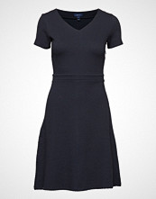 Gant O1. Textured Flared Dress
