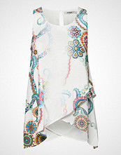 Desigual Ts Arkansas T-shirts & Tops Sleeveless Hvit DESIGUAL