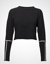Under Armour Heavyweight Cropped Crew T-shirts & Tops Long-sleeved Svart UNDER ARMOUR