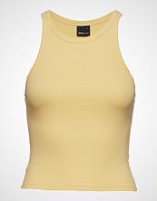 Gina Tricot Sanna Tank T-shirts & Tops Sleeveless Gul GINA TRICOT