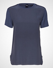 Max Mara Leisure Jajce T-shirts & Tops Short-sleeved Blå MAX MARA LEISURE