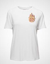 Baum Und Pferdgarten Enye T-shirts & Tops Short-sleeved Hvit BAUM UND PFERDGARTEN