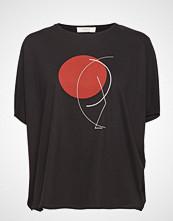 ÁERON Japanese Sleeve T-Shirt T-shirts & Tops Short-sleeved Svart ÁERON