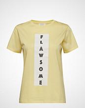 Notes du Nord Kimmie T-Shirt T-shirts & Tops Short-sleeved Gul NOTES DU NORD