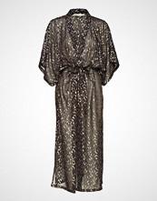 Rabens Saloner Starburst Kimono Dress Knelang Kjole Svart RABENS SAL R