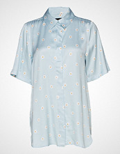 Stine Goya Zoey, 565 Daisy Viscose Bluse Kortermet Blå STINE GOYA