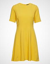 Banana Republic Ss Linear Seamed Fnf Dress Kort Kjole Gul BANANA REPUBLIC