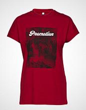 Won Hundred Proof Print T-shirts & Tops Short-sleeved Rød WON HUNDRED
