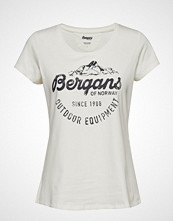 Bergans Classic W Tee T-shirts & Tops Short-sleeved Hvit BERGANS