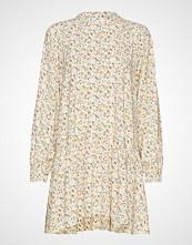 Envii Enart Ls Dress Aop 6646 Kort Kjole Creme ENVII