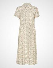 Envii Enmoore Ss Dress Aop 6646 Knelang Kjole Creme ENVII