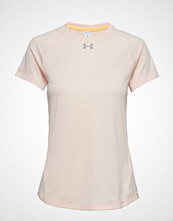 Under Armour Ua Qualifier Short Sleeve T-shirts & Tops Short-sleeved Creme UNDER ARMOUR