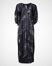 Rabens Saloner Wave Asymmetric Dress Knelang Kjole Blå RABENS SAL R
