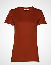 mbyM Harvey T-shirts & Tops Short-sleeved Oransje MBYM