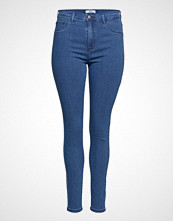 Only Carmakoma Carstorm Push Up Hw Sk Jeans Mbd Noos Skinny Jeans Blå ONLY CARMAKOMA