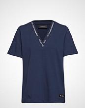 Peak Performance W Techvn T-shirts & Tops Short-sleeved Blå PEAK PERFORMANCE